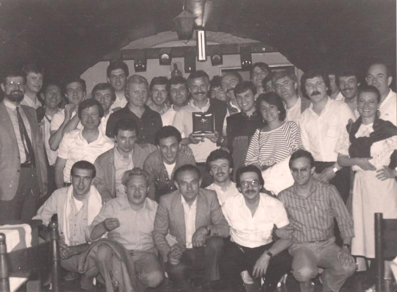 Foto di gruppo della cena di addio dell'ing. Cecchelli