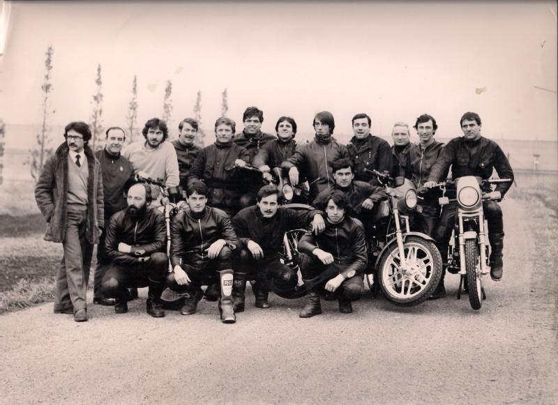 Il gruppo dei collaudatori Gilera nel 1982